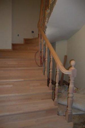 ahşap-merdiven-a