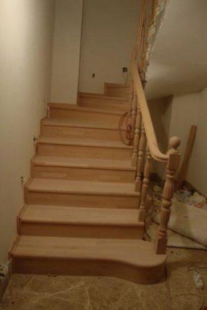 ahşap-merdiven-modelleri