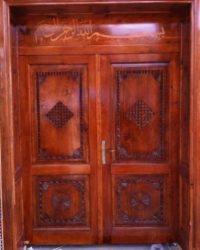 ahşap-oymalı-cami-kapısı